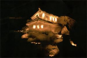 銀賞:一夜城 京子と娘達